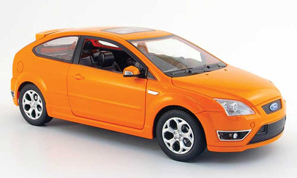 Ford Focus ST 1/18 Powco orange (einfache ausfuhrung) 2006 diecast model cars