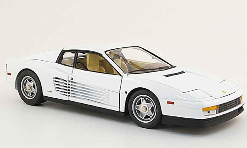Ferrari Testarossa Miami Vice 1/18 Hot Wheels Elite blanche 1984 miniature