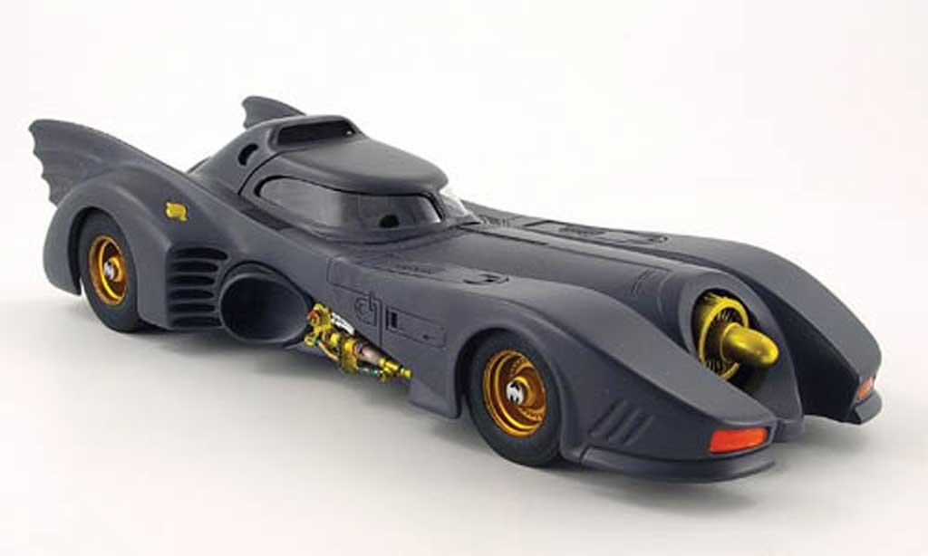 Batmobile 1989 1/18 Hot Wheels film batman miniature