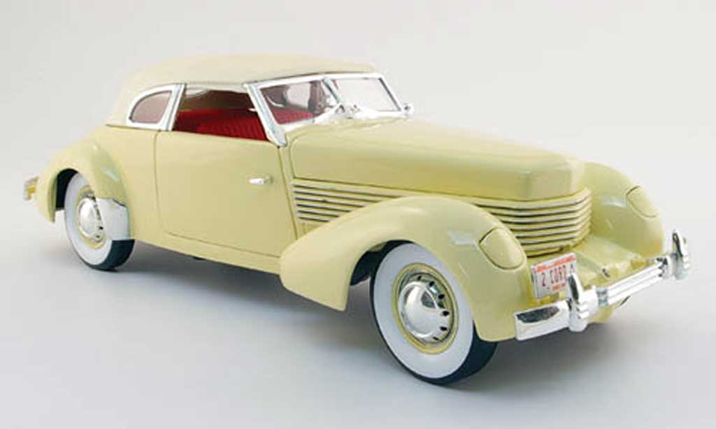 Cord 810 1/18 Signature beige 1936 miniature