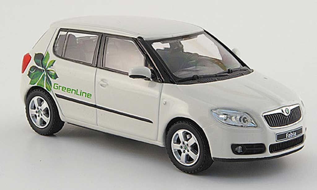 skoda fabia ii miniature blanche green line 4 portes abrex 1 43 voiture. Black Bedroom Furniture Sets. Home Design Ideas