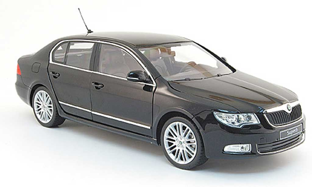 Skoda Superb 2008 1/18 Abrex Superb II noire 2008 miniature