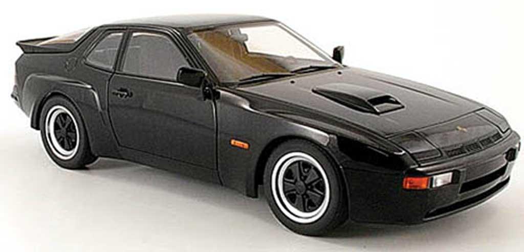 Porsche 924 1980 1/18 Autoart carrera gt noire miniature