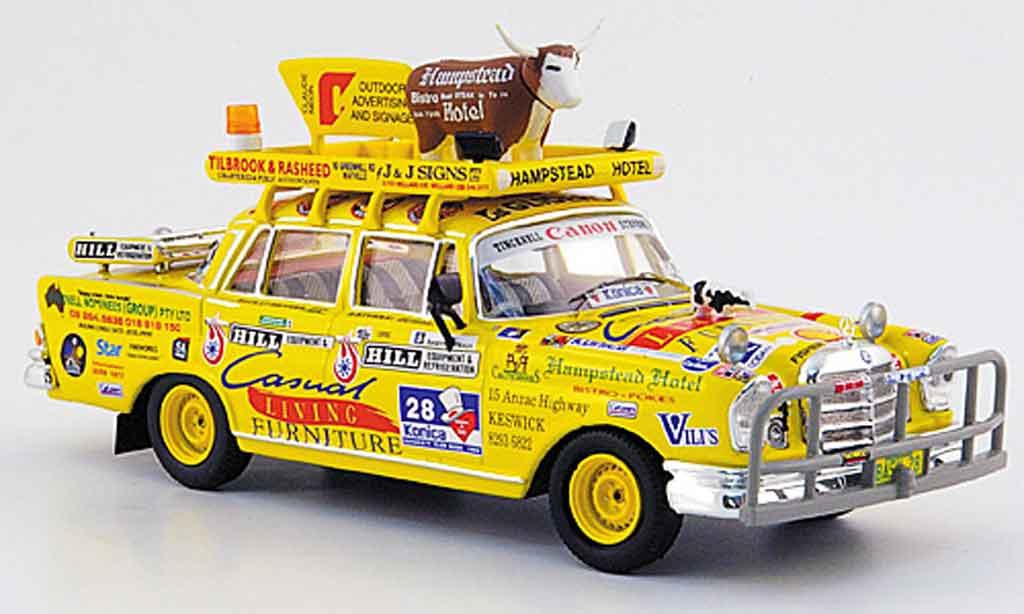 Mercedes 220 1/43 Ixo Sb (W 111) Bush Bash 1959 miniature