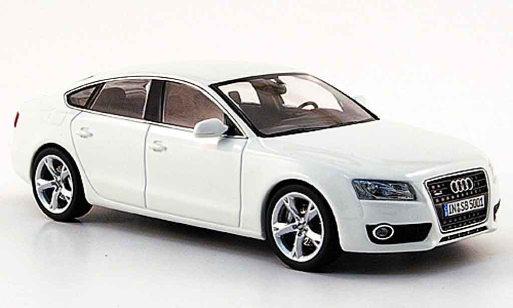 audi a5 miniature a5 sportback blanche 2009 schuco 1 43 voiture. Black Bedroom Furniture Sets. Home Design Ideas