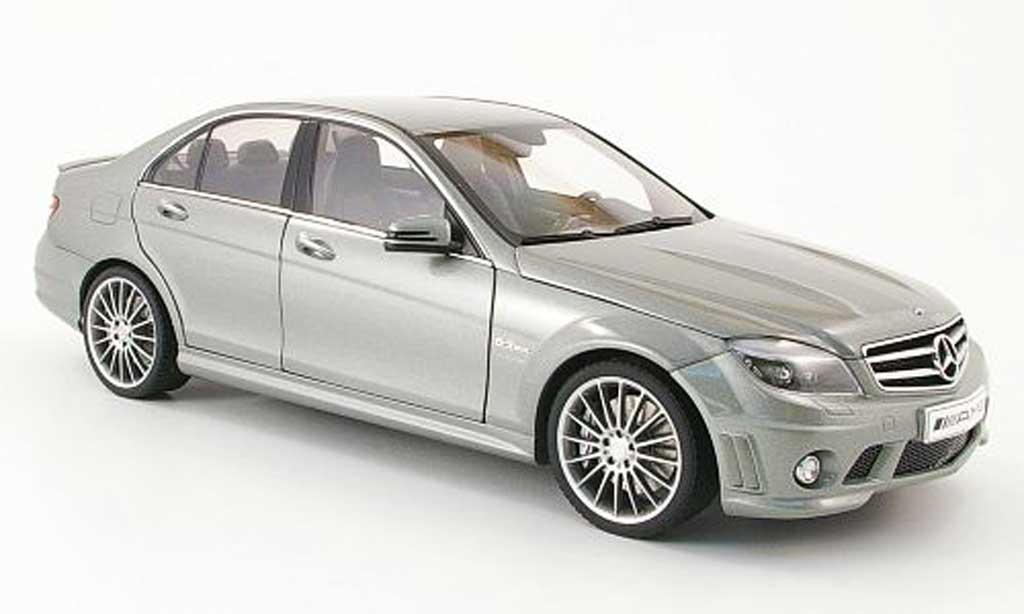 mercedes classe c miniature 63 amg grise avec ledersitze 2007 autoart 1 18 voiture. Black Bedroom Furniture Sets. Home Design Ideas