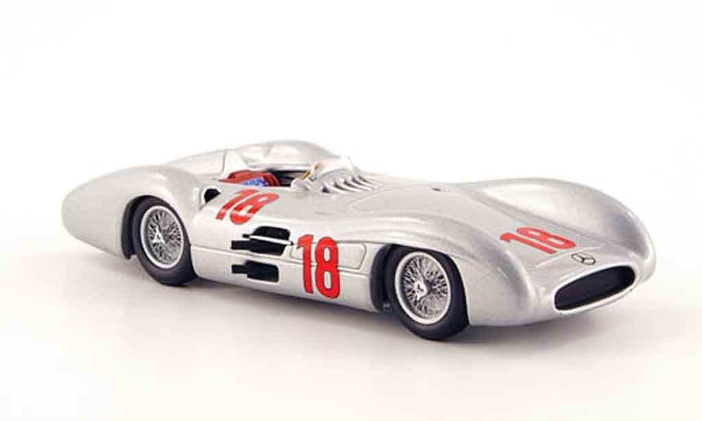 Mercedes W 196 1/43 Minichamps No.18 J.M. Fangio Sieger GP Frankreich 1954 miniature