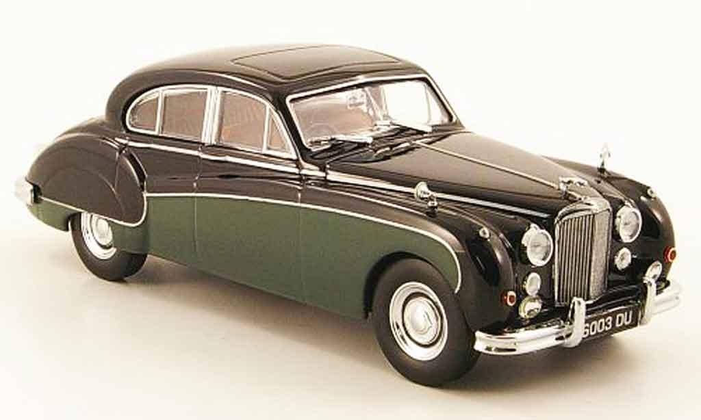 Jaguar MK 9 1/43 Oxford noire  verte miniature