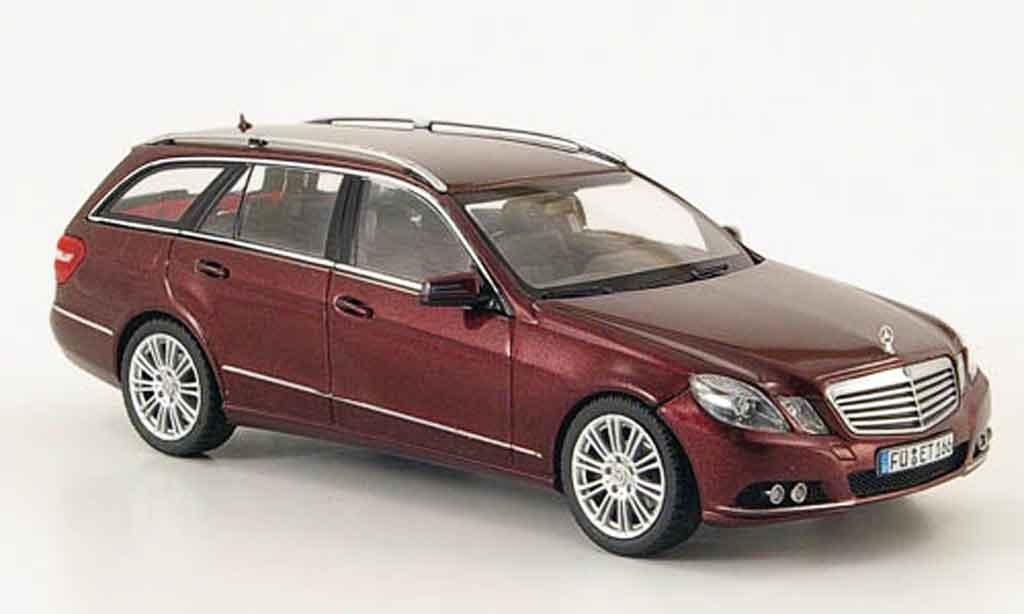 Mercedes Classe E 1/43 Schuco T Modell (S212) Elegance rouge 2009 miniature