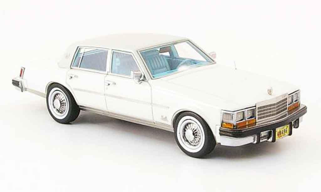 Cadillac Seville 1978 1/43 Neo Seville MK I Elegante blanche grise miniature