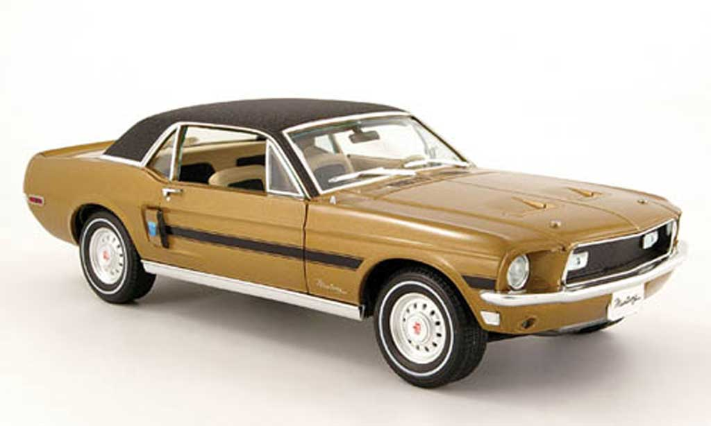 Ford Mustang 1968 1/18 Greenlight gt or/noire high country special miniature