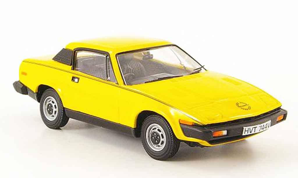 Triumph TR7 1/43 Vanguards jaune miniature