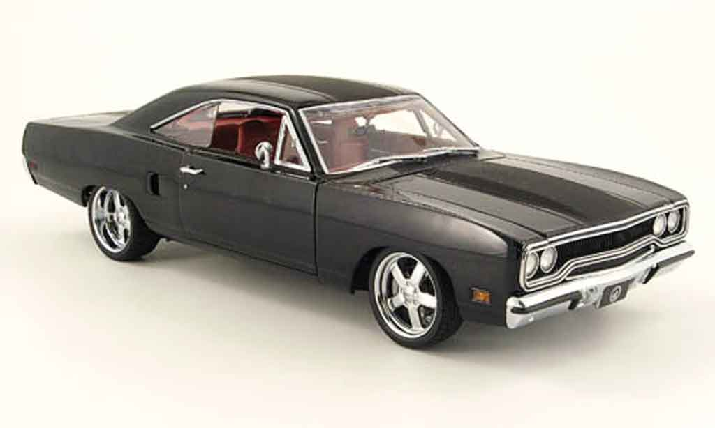 Plymouth Blackbird 1/18 GMP road runner noire miniature