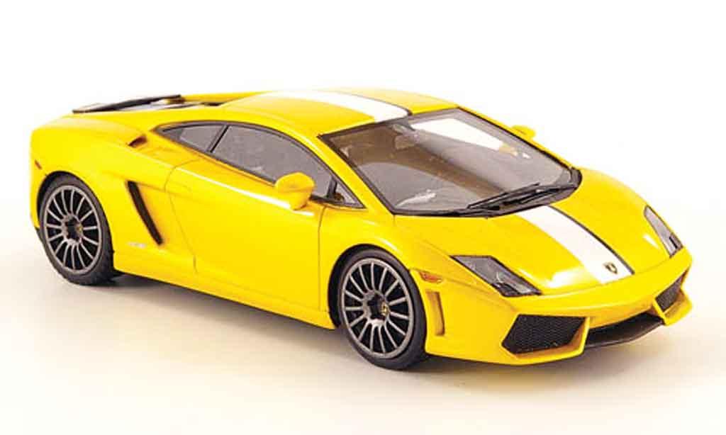 Lamborghini Gallardo LP550-2 1/43 Look Smart valentino balboni jaune blanche miniature