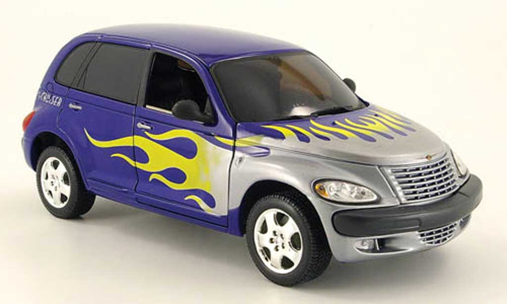 Chrysler PT Cruiser 1/18 Maisto bleu grise mit falmendesign miniature