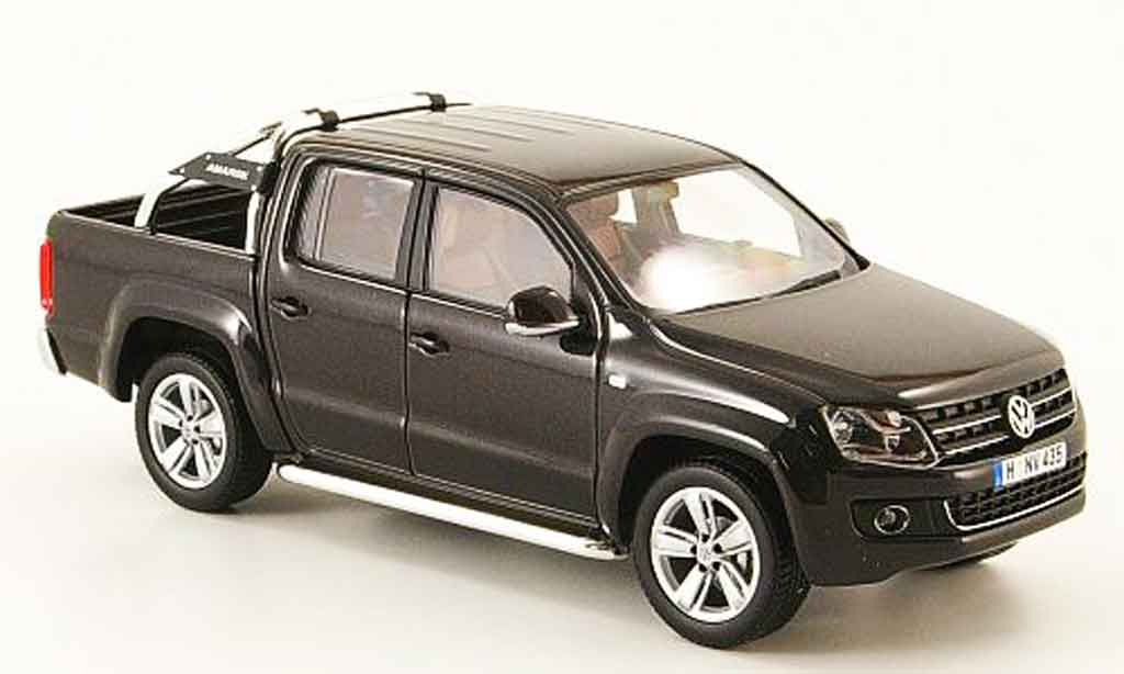 volkswagen amarok schwarz 2010 minichamps modellauto 1 43. Black Bedroom Furniture Sets. Home Design Ideas
