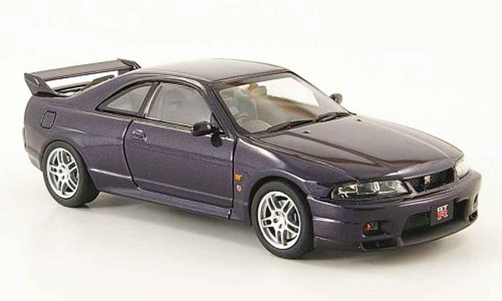 nissan skyline r33 gt r vspec violett 1995 ebbro modellauto 1 43 kaufen verkauf modellauto. Black Bedroom Furniture Sets. Home Design Ideas