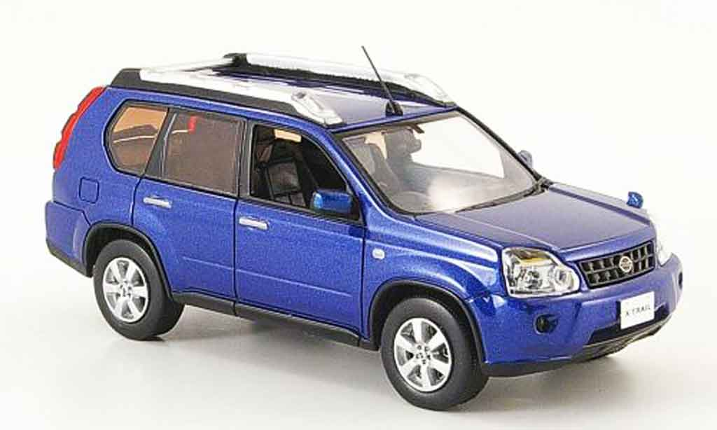 Nissan X Trail 1/43 J Collection bleu Rechtslenker 2008 miniature