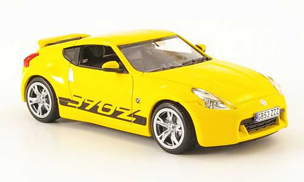 Nissan 370Z 1/43 J Collection jaune Linkslenker 2009 miniature