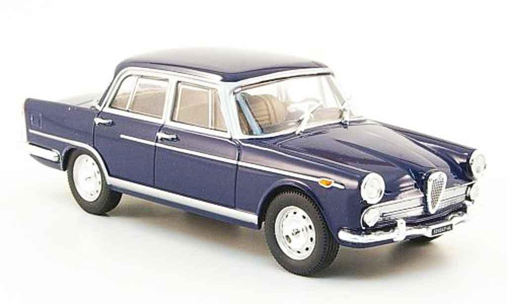 Alfa Romeo 2000 1957 1/43 Starline berline  bleu 1957 miniature