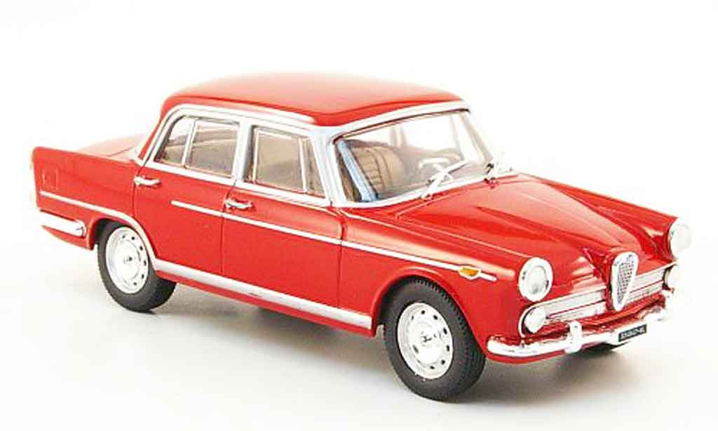 Alfa Romeo 2000 1957 1/43 Starline 1957 berline red 1957 diecast model cars