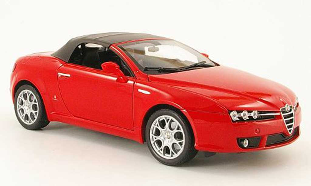 Alfa Romeo Spider 1/18 Welly rouge capote miniature