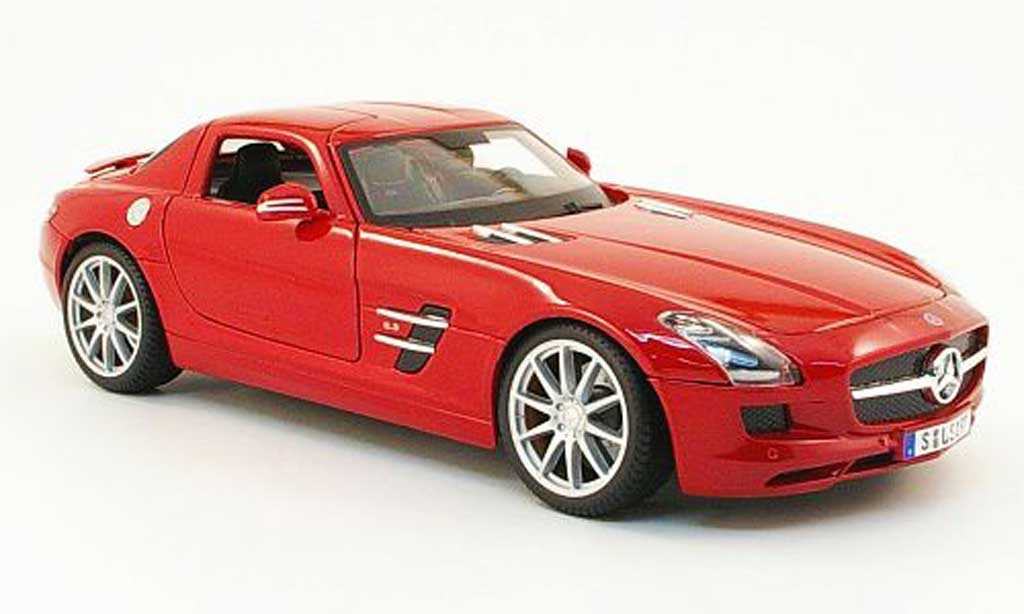 Mercedes SLS 1/18 Maisto coupe amg (c197) rouge 2010 miniature
