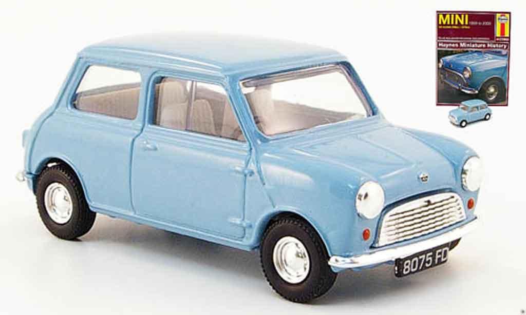 Austin Mini Cooper 1/43 Corgi bleu