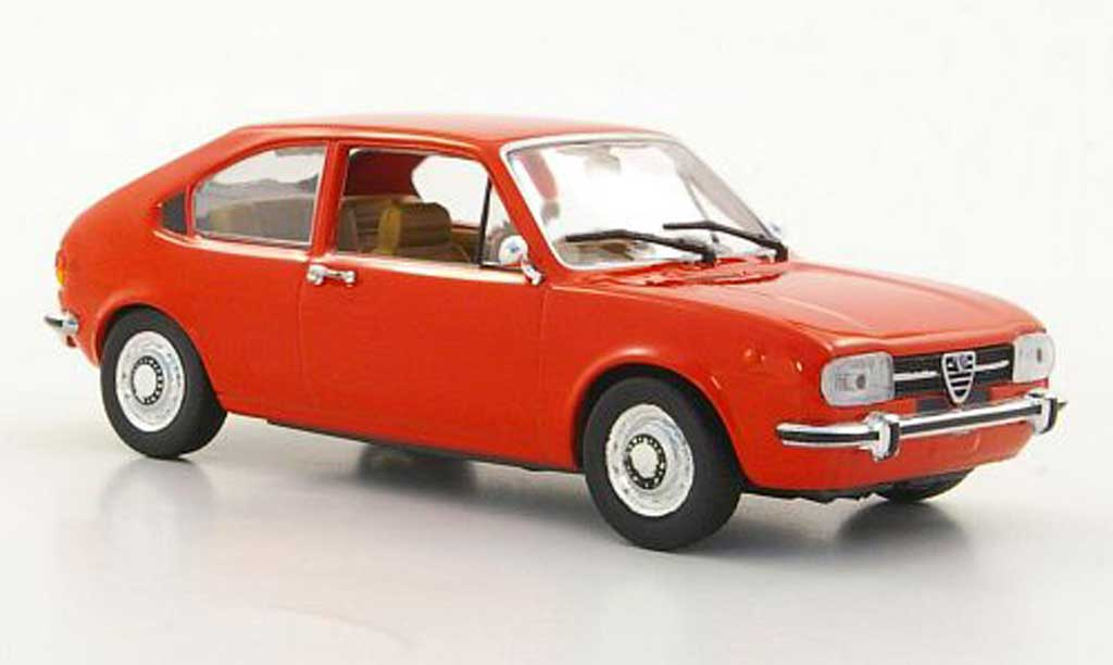 Alfa Romeo Alfasud 1/43 Minichamps rouge orange 1974 miniature