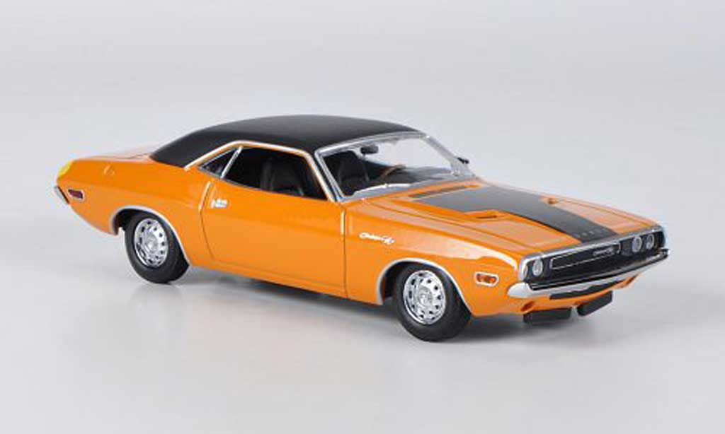 Dodge Challenger 1970 1/43 Minichamps R/T orange/noire miniature
