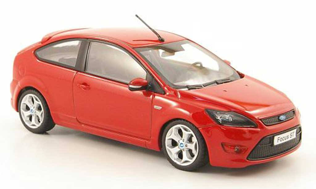 Ford Focus ST 1/43 Minichamps rouge 2008 miniature