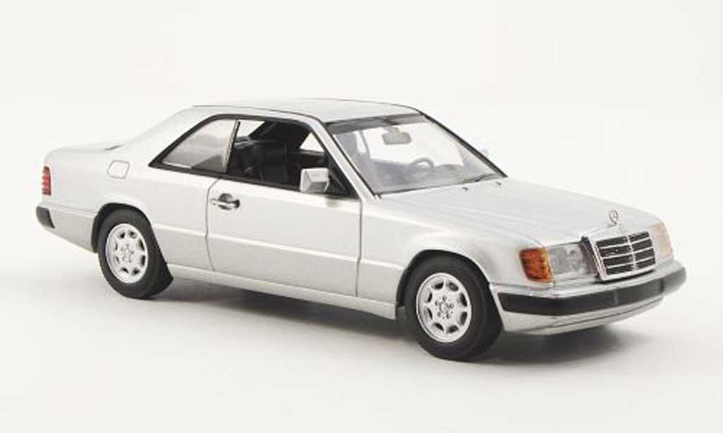 mercedes 300 ce 24 w124 silber 1990 minichamps modellauto 1 43 kaufen verkauf modellauto. Black Bedroom Furniture Sets. Home Design Ideas
