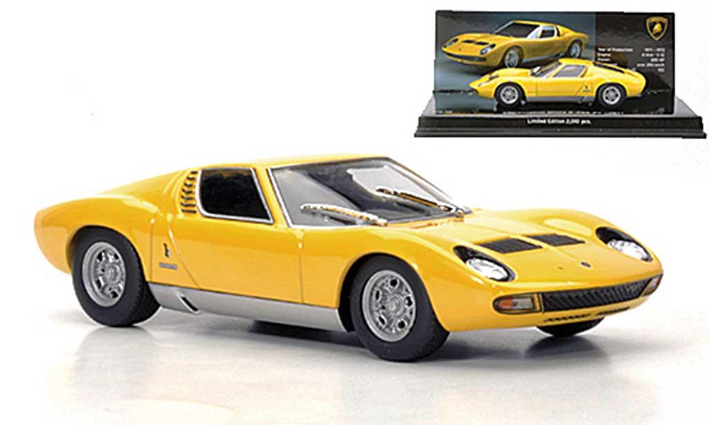 Lamborghini Miura SV yellow 1971 Minichamps. Lamborghini Miura SV yellow 1971 miniature 1/43