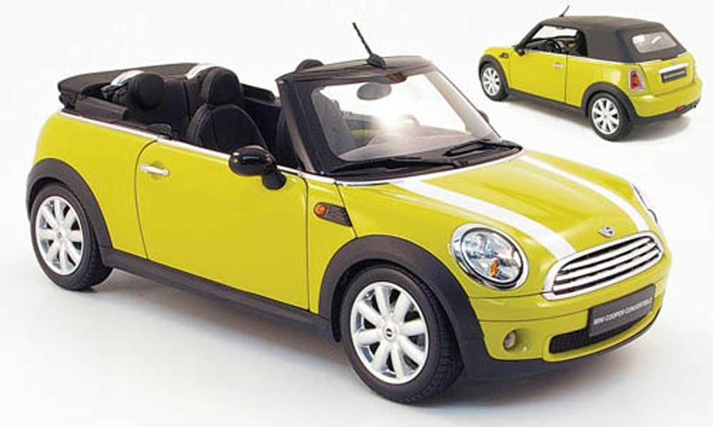 Mini Cabriolet 1/18 Kyosho jaune 2009 miniature