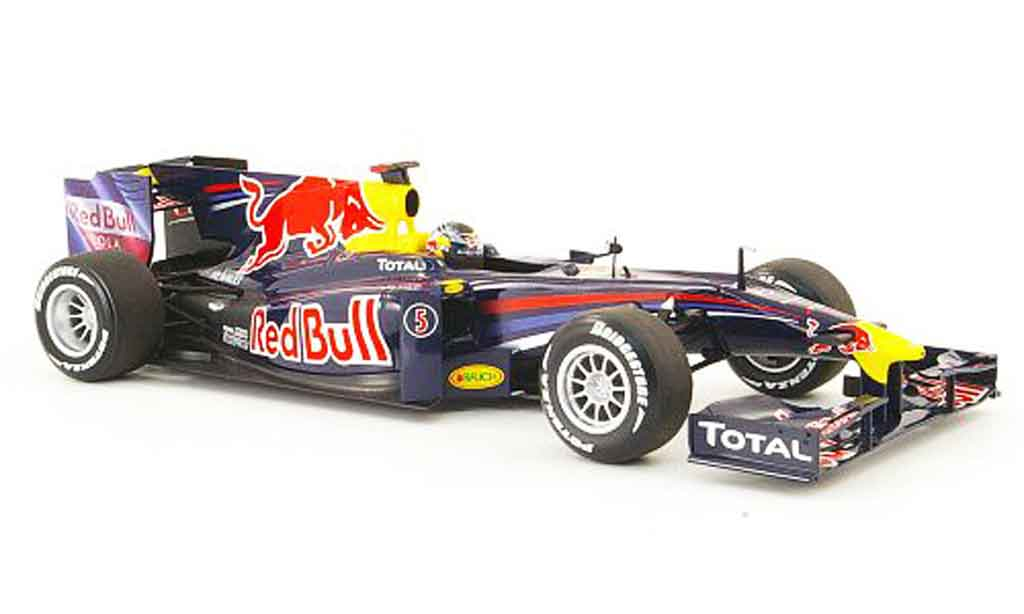 Renault F1 1/18 Minichamps red bull racing no.5 s.vettel showcar 2010