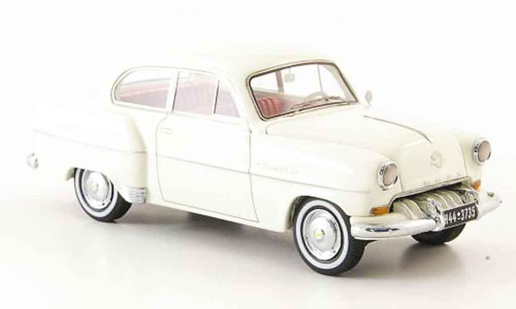 Opel Olympia 1/43 Neo rekord limousine blanche 1954 miniature