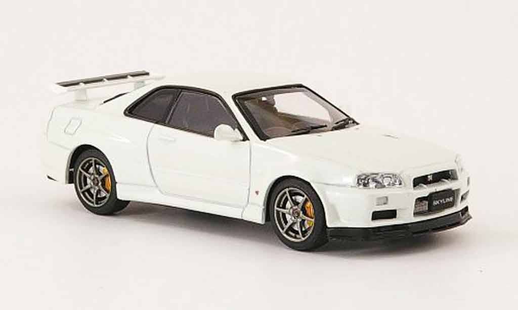 nissan skyline r34 miniature gt r v spec ii blanche 2001. Black Bedroom Furniture Sets. Home Design Ideas
