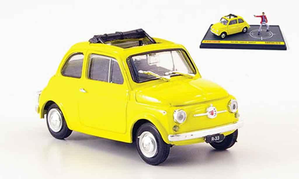 Fiat 500 1/43 Brumm jaune avec Figur Lupin the 3rd Wanted miniature