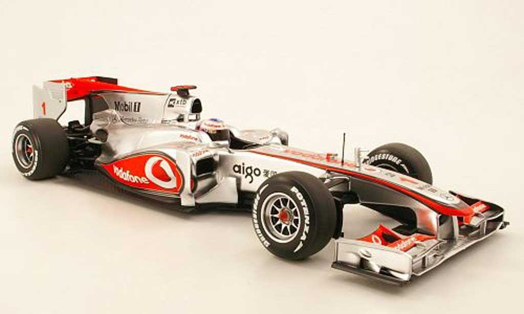 Mercedes F1 1/18 Minichamps McLaren MP4-25 J.Button Saison 2010