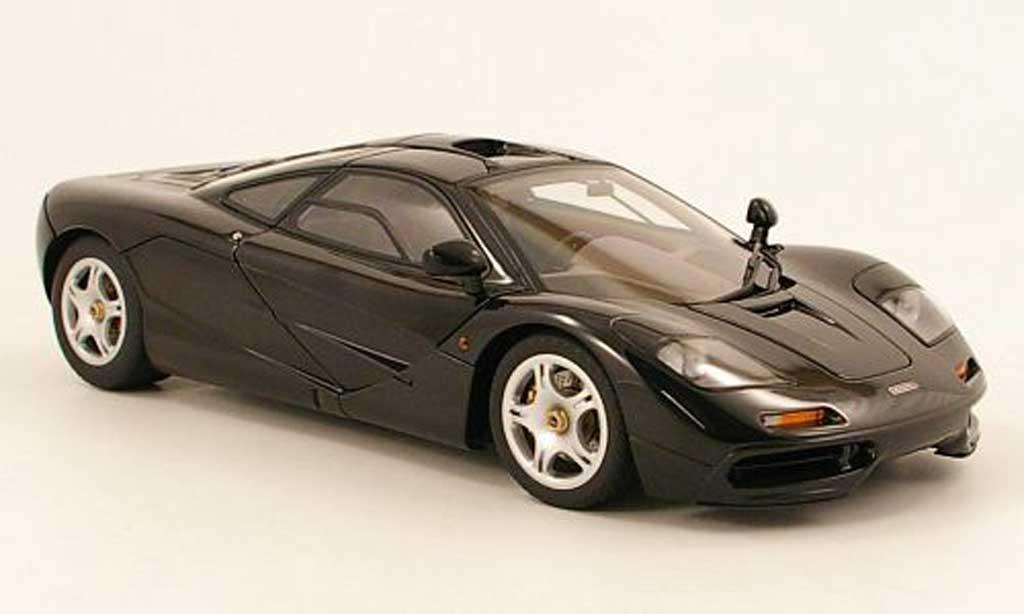 McLaren F1 1/18 Autoart noire 1994 miniature