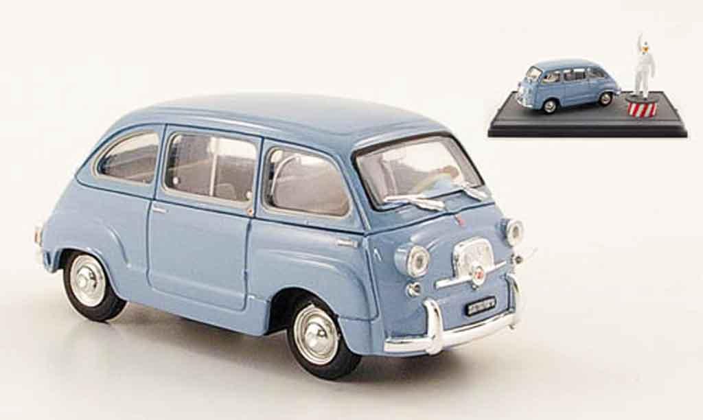 fiat 600 miniature d multipla bleu avec figuren 1960 brumm 1 43 voiture. Black Bedroom Furniture Sets. Home Design Ideas