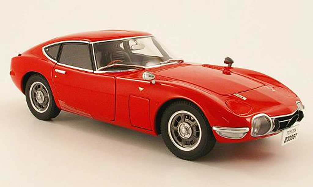 Toyota 2000 GT 1967 1/18 Autoart coupe rouge 1965 miniature