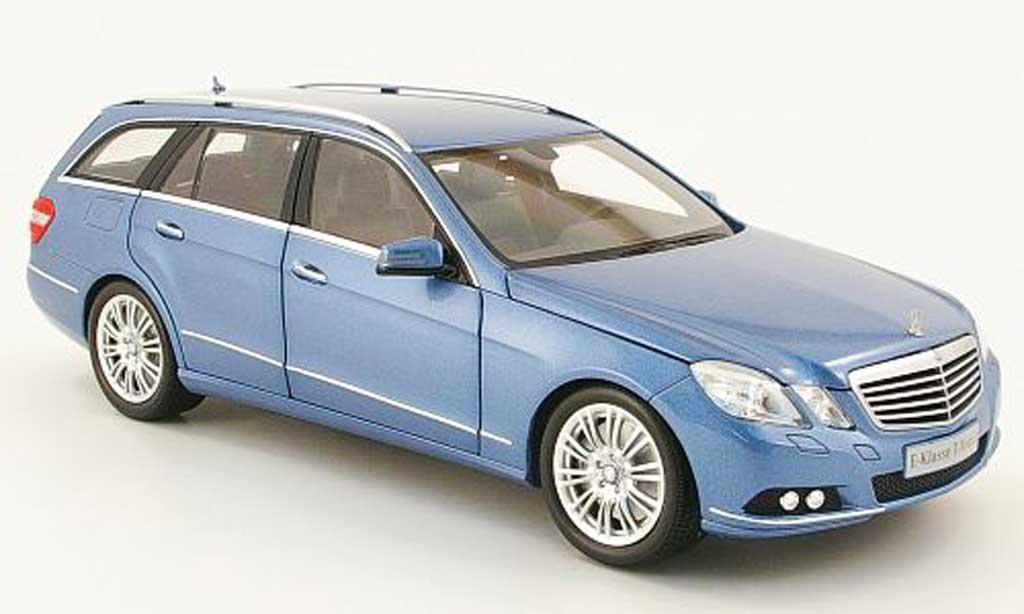 Mercedes Classe E 1/18 Minichamps t-modell (s212) bleu 2009 miniature
