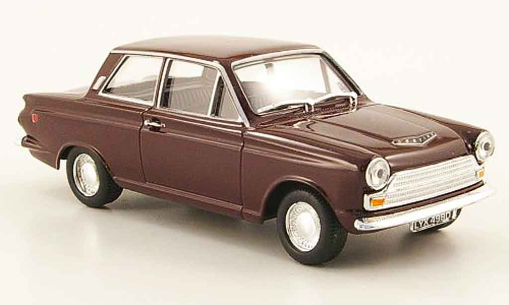 Ford Cortina 1/43 Cararama MkI GT  rouge miniature