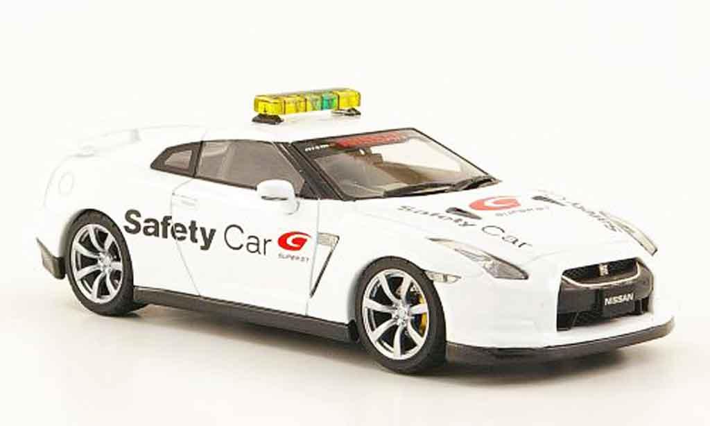 Nissan Skyline R35 1/43 Ebbro GT R Safety Car Super GT 2009 miniature