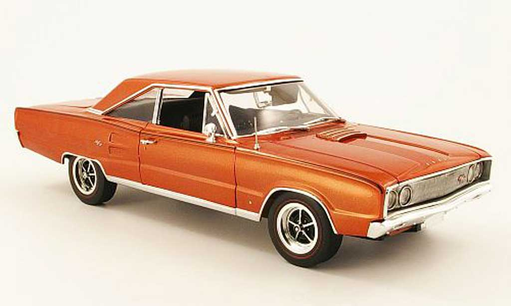 Dodge Coronet 1967 1/18 Highway 61 r/t 426 bronze miniature