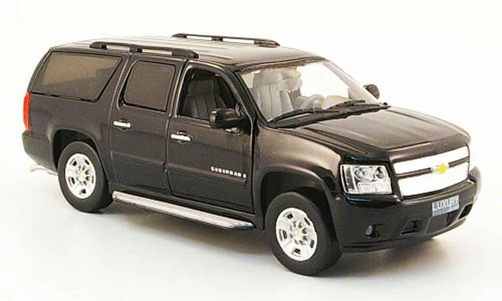 Chevrolet Suburban 1/43 Luxury Die Cast noire 2009 2010 miniature