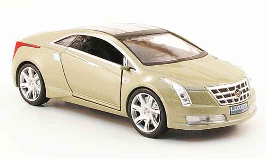 Cadillac Converj Concept beige 2009 Luxury Die Cast. Cadillac Converj Concept beige 2009 Concept car modellini 1/43