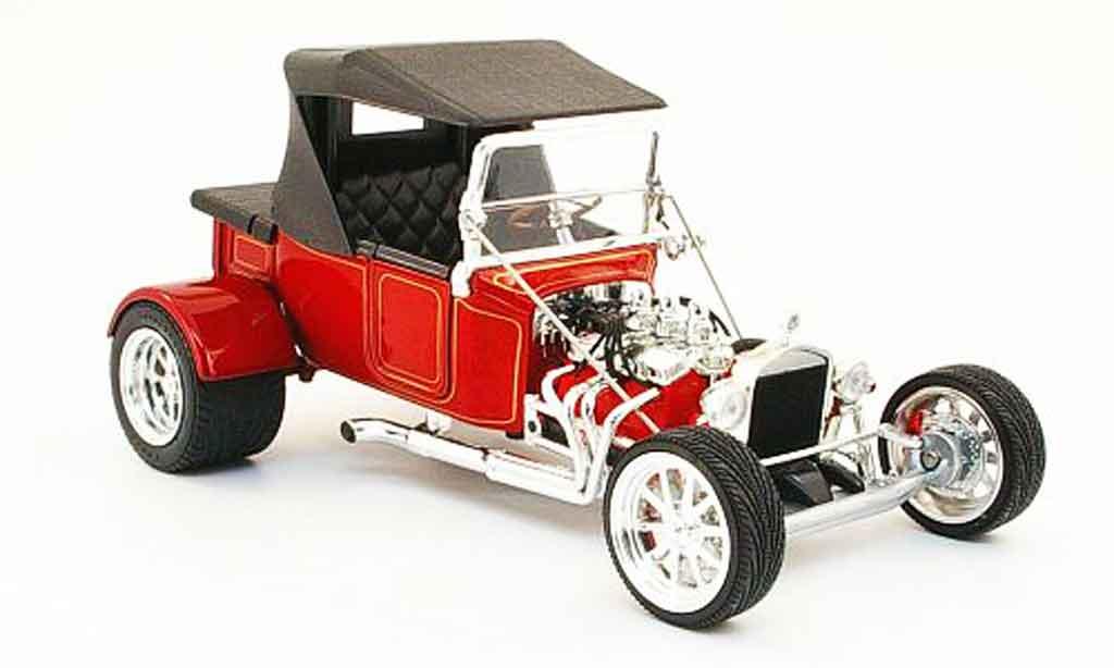 Ford Hot Rod 1/18 Yat Ming t-bucket rouge geschlossen 1923 miniature