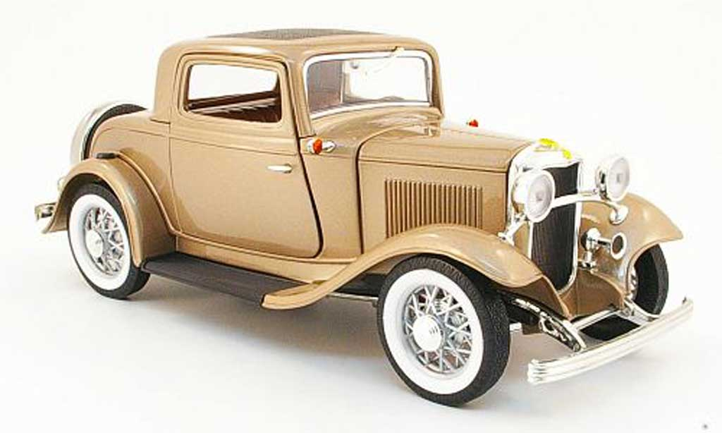 Ford 1932 1/18 Yat Ming 3 Window Coupe beige miniature